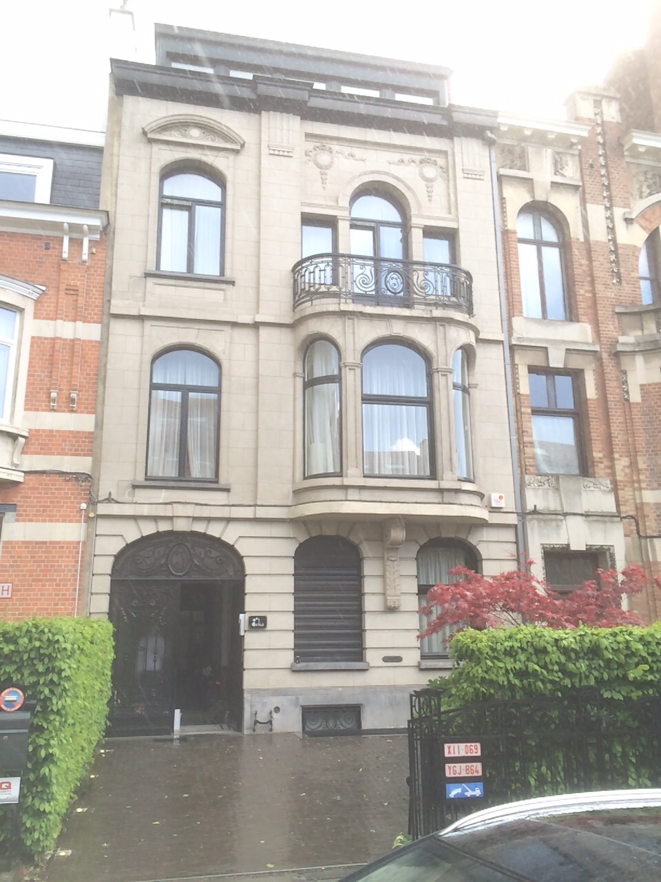 Eclairage ext rieur d une maison de ma tre schaerbeek for Renovation maison de maitre